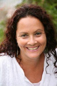 Tamara J Lowe writer